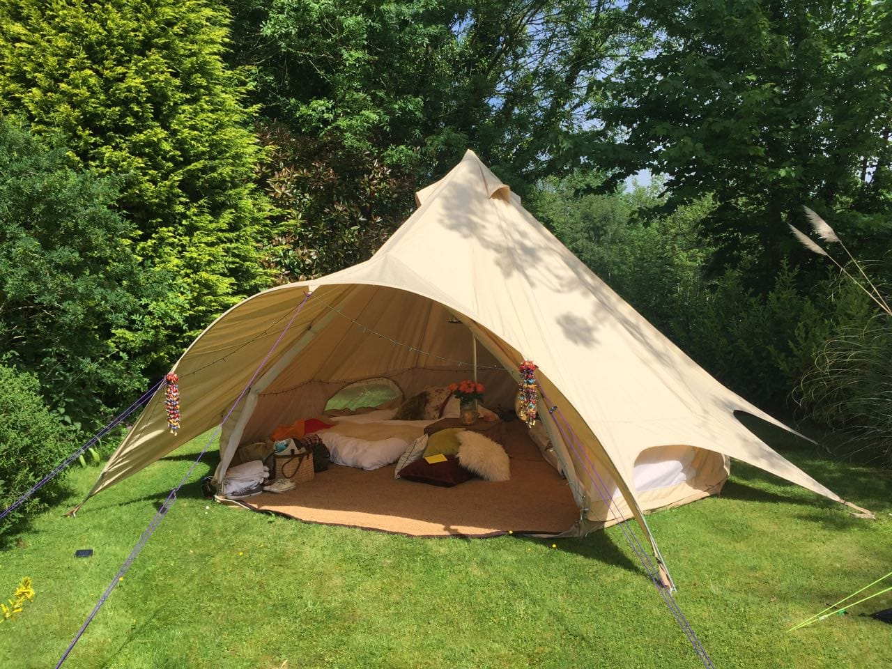 Star Bell Tent with Various Furnishings